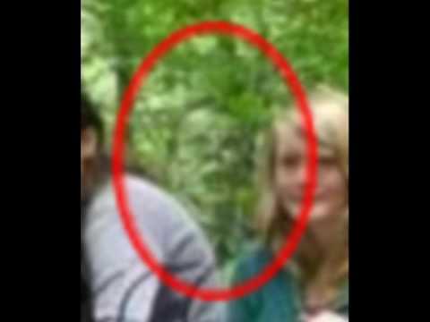 foto fantasma nella foresta