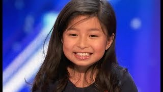 "Video 9 Y.O. Little Girl STUNS EVERYONE With AMAZING ""My Heart Will Go On"" MP3, 3GP, MP4, WEBM, AVI, FLV Maret 2019"