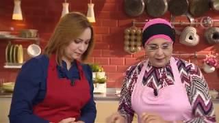 فطيرة الغابة   طاجين الدجاج بالخضر   تارت الأناناس المقلوبة / سعيدة بن بريم / نجوى بن بريم