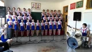 Video Heboh!!! Inilah Video Anak anak Korea Utara menyanyikan lagu Tanah Airku, Merinding Dengernya!! MP3, 3GP, MP4, WEBM, AVI, FLV September 2018