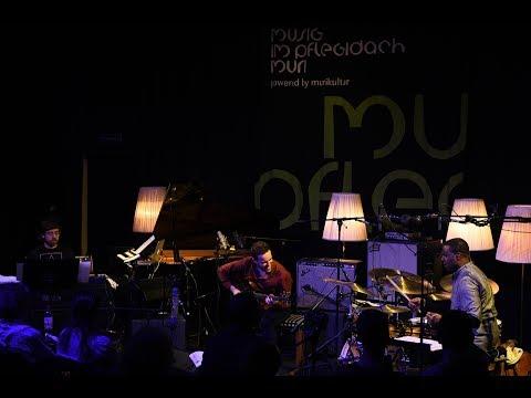 "Gilad Hekselman's ZuperOctave - ""V-Blues"" - Sunday @ Musig im Pflegidach, Muri"