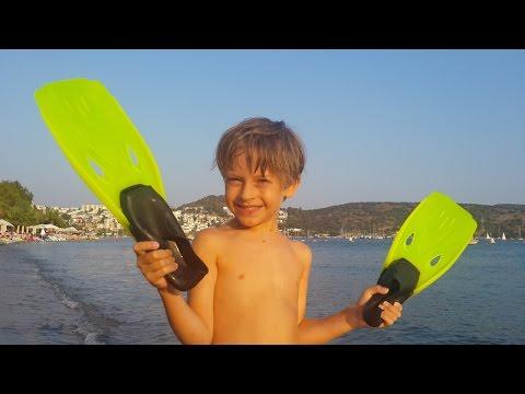 ✿ ВЛОГ Арсения: Развлечения на Пляже - море, солнце и песок - отличный отдых! (видео)