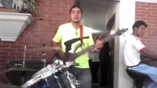 Download Lagu Padre Gilberto Garcia - Por ser Joven Te Amare Mp3