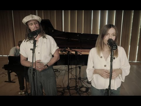 Gabrielle Aplin & JP Cooper - Losing Me (Piano Version)