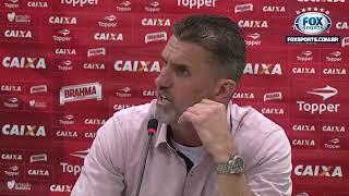 19/08/2017, Vagner Mancini responde ao repórter Felipe Garrafa de forma categórica e inesquecível! No dia da primeira derrota...