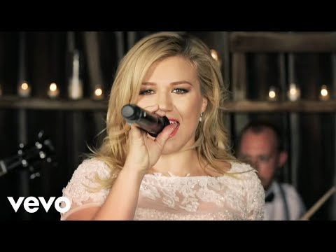 These nuptial numbers might be even worse than Kelly Clarkson's new single, 'Tie It Up.'