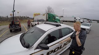 Video Police Show Up After Flying Paramotor at Truck Stop MP3, 3GP, MP4, WEBM, AVI, FLV Mei 2018