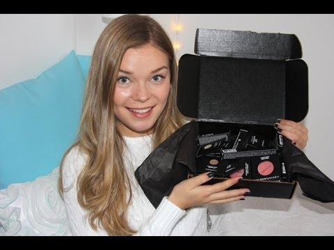 mac cosmetics - Thumbs up if you enjoy unboxing hauls! Don't forget to like, comment and subscribe! ♡ ⩓⩔⩓⩔⩓⩔⩓⩔⩓ My last MAC haul http://www.youtube.com/watch?v=uaQDpxC03cU B...