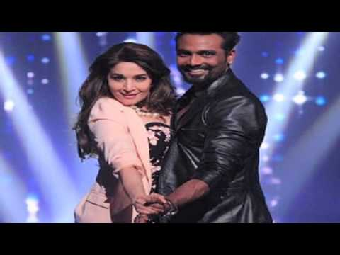 Video Jhalak Dikhla Jaa Season 7 12th July 2014 Full Episode download in MP3, 3GP, MP4, WEBM, AVI, FLV January 2017