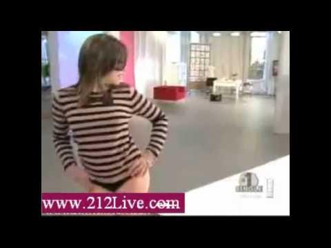 Lisa Loeb in her thong.