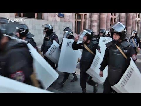 «Մենք պետք է բացառենք ոստիկանության հետ բախումը». Փաշինյան - DomaVideo.Ru