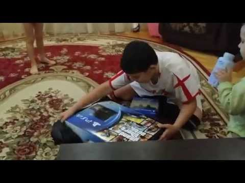 Ребенок в Шоке от Подарка! PlayStation 4 / Child shocked by the Gift! PlayStation 4