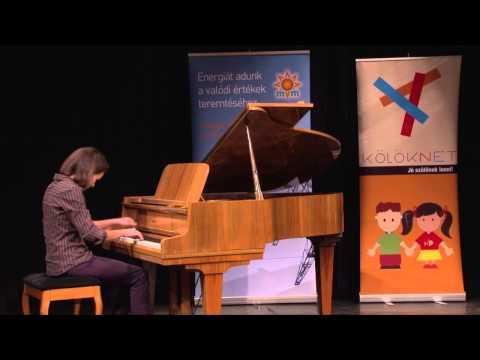Adj teret a tehetségnek! 2014 - Michalicza Csenge (zongora) produkciója
