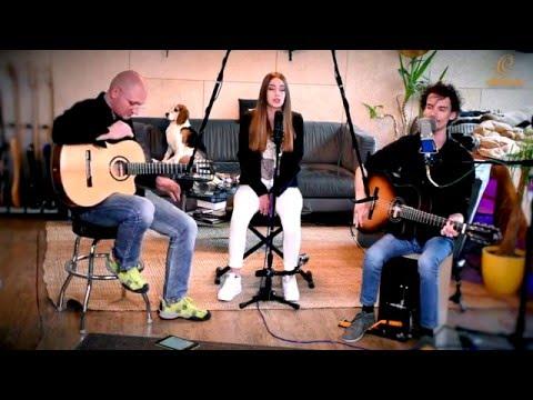 "Ortega Guitars and Percussion - Rafael Cano's ""Way Down"" Live Session"