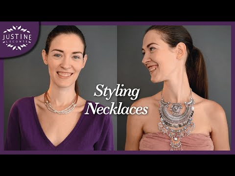 """How to style (statement) necklaces 