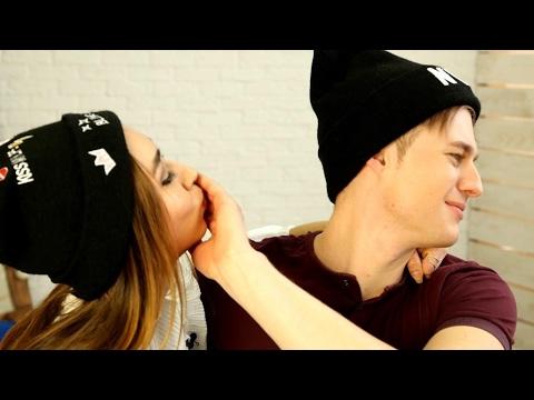 Как сделать так чтобы поцеловал