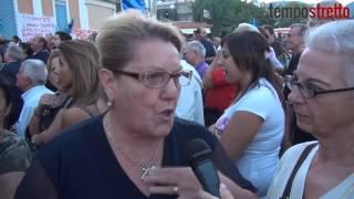 La protesta dei cittadini e dei lavoratori per l'ospedale Piemonte