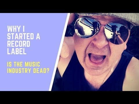 HOW TO MAKE IT IN THE MUSIC INDUSTRY - ADVICE AND TIPS FOR MUSICIANS AND MUSIC FANS