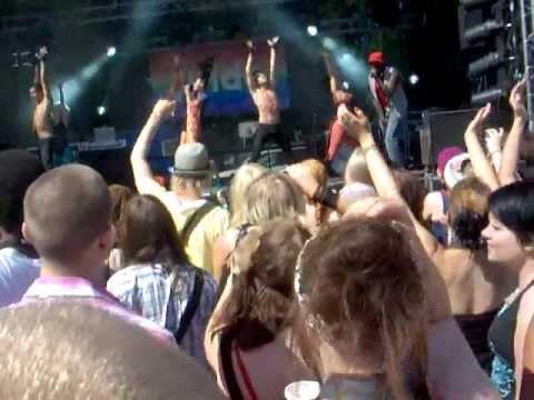 Martina Aitolehti - Kaleidoscope (Live) Helsinki Pride 2011 tekijä: julkkulol
