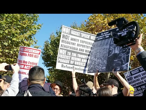 LIVE NOW: Berkeley Free Speech Event At Sproul Plaza (видео)