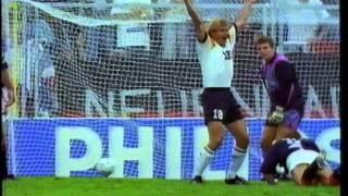 EM 1992: Deutschland besiegt Schottland in der Gruppenphase