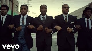 Aloe Blacc music video The Man