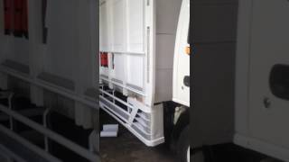 Isuzu elf variasi sticker