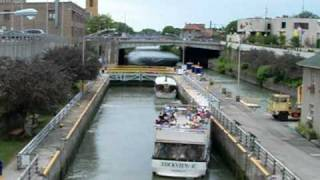 Lockport (NY) United States  city photos gallery : Ascending Lock Through of the Erie Canal Locks at Lockport NY USA - Part 2 of 2