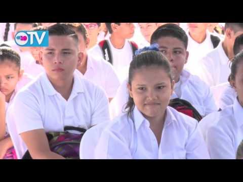 ¡Un día de alegría! Inauguran Año Escolar 2016