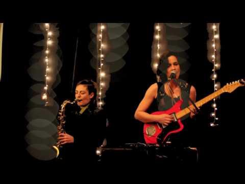 Imagens de calor - BEL - Esse Calor (com Melina Xilas e Kika Simone, ao vivo em Buenos Aires)
