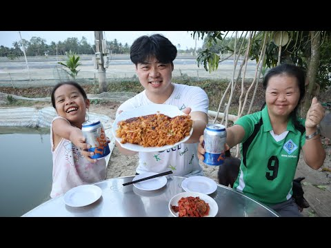 Chàng trai Hàn Quốc nấu bánh Xèo ĐỘC NHẤT VÔ NHỊ