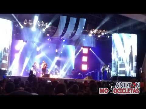 Zezé de Camargo e Luciano canta sucesso nordestino em Paripiranga