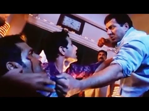 Lakeer Fight Scene Sunny Deol Vs Sunil Shetty | लकीर फ़िल्म का ज़बर्दस्त एक्शन सीन