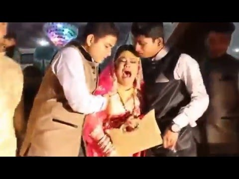 Video Indian Funny Marriage Rukhsati (ADVERTISEMENT NAVEED 4 STUDIO) download in MP3, 3GP, MP4, WEBM, AVI, FLV January 2017