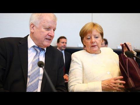 Γερμανία: Στο στόχαστρο η συμφωνία για «κέντρα τράνζιτ»…
