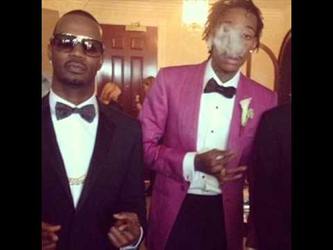 Juicy J - For Everybody ft. Wiz Khalifa & R City (New Music March 2015)