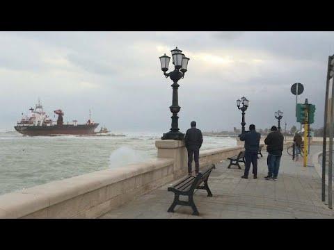 Tέσσερις νεκροί από τους θυελλώδεις ανέμους στην Ιταλία…