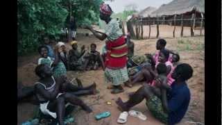 Matriarcados - La isla de las mujeres. Archipiélago de las Bijagós. Guinea Bissau. En la isla de Orango Grande, en el...
