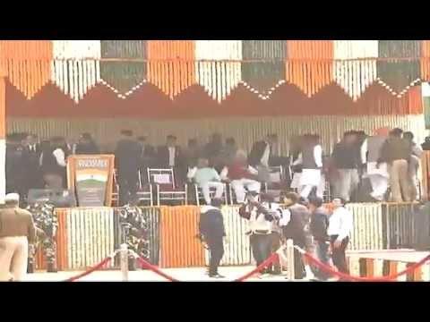"Shri Amit Shah unfurl the ""India's Tallest National Flag"" in Faridabad: 03.03.2015"