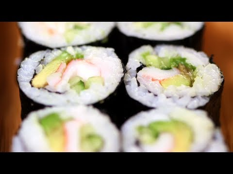 Japanese Recipe: How to Make California Sushi Roll