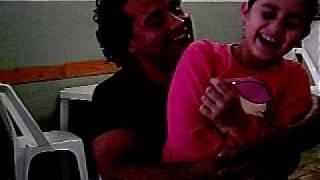 Download Video pai fabio x filha maria MP3 3GP MP4