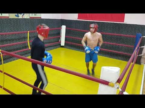 Бокс спарринг мастера спорта по боксу Давида Нерсисяна (видео)