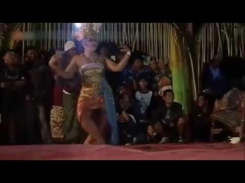 Joget BUMBUNG    Balinese HOT Dance