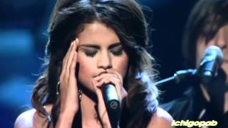 Selena Gomez - A Year Without Rain [People's Choice Awards 2011]