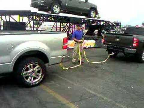 Compare 2013 chevy 2500hd and ford f250 super duty autos for Koppy motors of hinckley