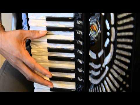 Video Aula Acordeon--Tico Tico no Fubá.