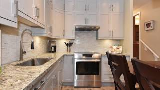 View http://bopark.ca/mylistings.html/videos-67235143 to see PRICE and more PHOTOS. FANTASTIC end unit T/H in Yaletown...