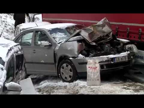 Mass accident involving dozens of vehicles on Czech highway