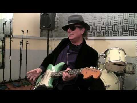 Gary Lucas doing a TonePrint for TC Electronic's Flashback X4 Delay.