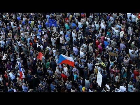 Regierungsbildung in Tschechien: Babiš versucht es no ...